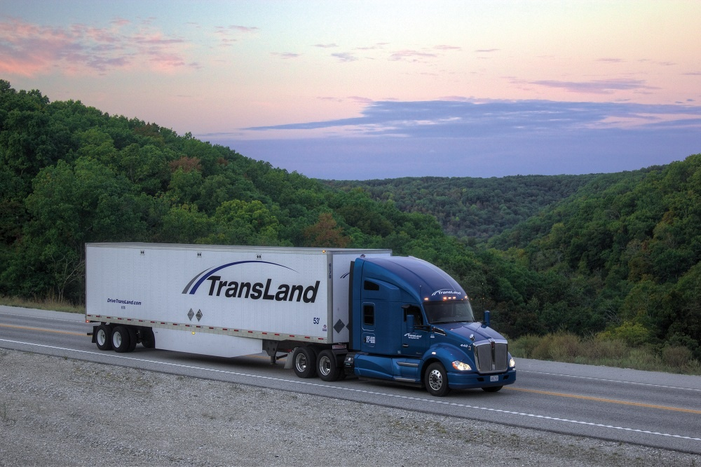 5 Ways for Truck Drivers to Increase Fuel Efficiency.jpg