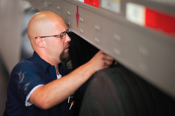 Before any professional truck drivers goes on the open road. He or she needs to be prepared for what may come their way. Below are 5 tools everyone with a Class A CDL should be using.