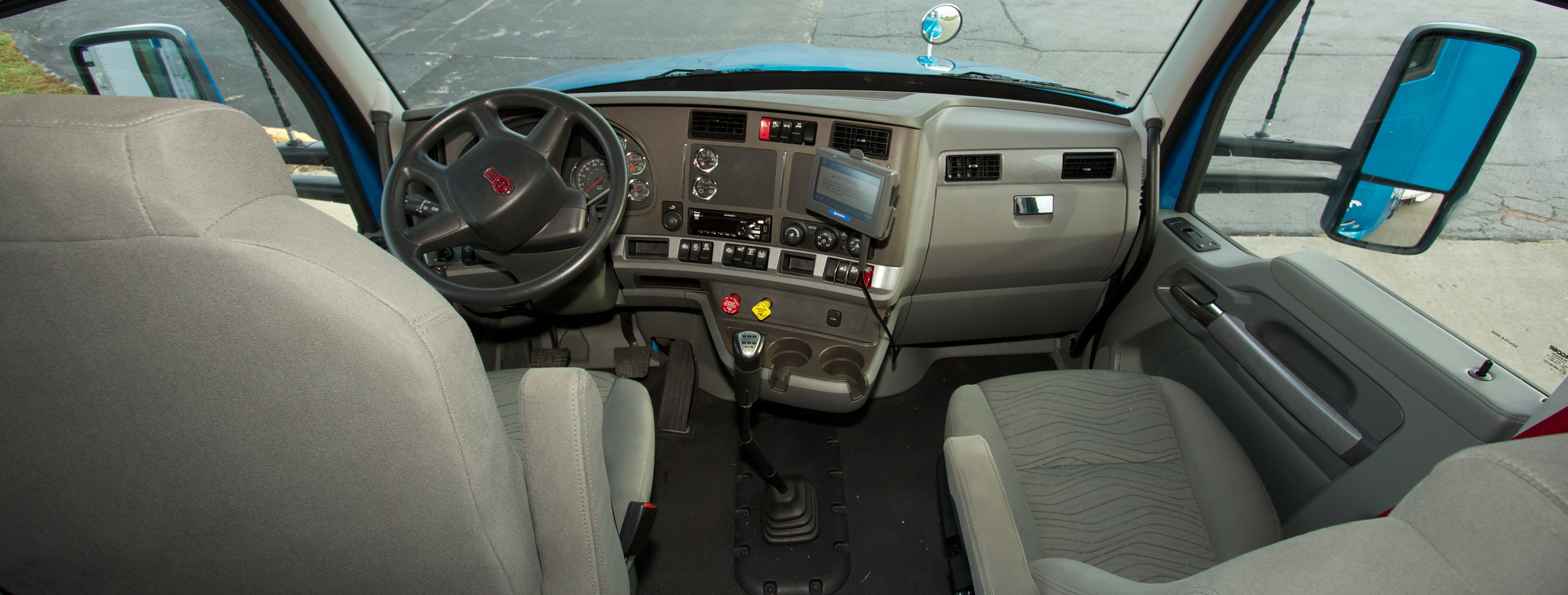 TransLand_Truck_Interior_10_28_14_1.jpg
