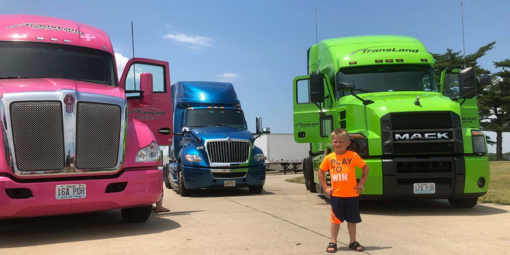 Why Family Owned Trucking Companies Are For You